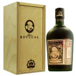 Botucal Reserva Exclusiva 0,7  Liter in Premium-Rum Holzbox hier bestellen.