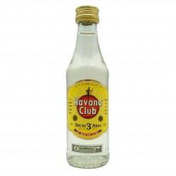 Havana Club Anejo Rum 3 Anos 0,05 Liter bei Premium-Rum.de online bestellen.