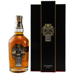 Chivas Regal 25 Years Old de Luxe Blended Scotch Whisky 0,7 Liter (Old Edition) bei Premium-Rum.de